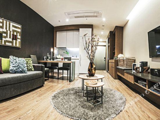 首爾南大門輝盛坊國際公寓(Fraser Place Namdaemun)超級大床房