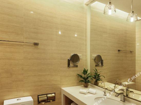 深圳中南海怡酒店(South China Laguna Hotel)行政大床房