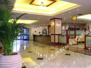 納瓦里亞酒店(Navarria Hotel)