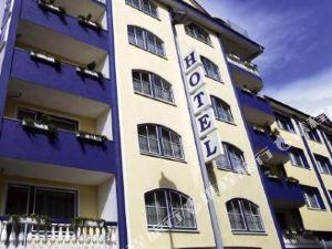 法克圖姆宮廷酒店(Hotel Königshof am Funkturm)