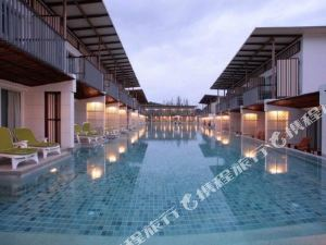 考拉布里扎海灘度假村(The Briza Beach Resort Khao Lak)