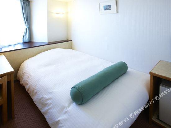 東京新宿新麗飯店(Hotel Sunlite Shinjuku Tokyo)小間大床房