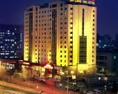 北京金龍潭大飯店