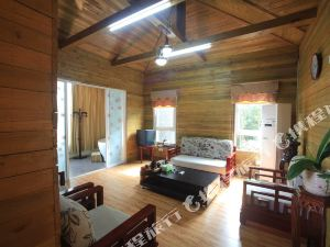 南召蓮花溫泉國際旅游度假區小木屋酒店