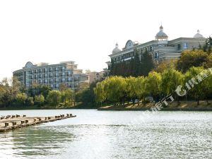 南京明發珍珠泉大酒店