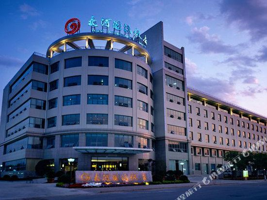 hotels in zhengzhou economic and technological development zone rh trip com