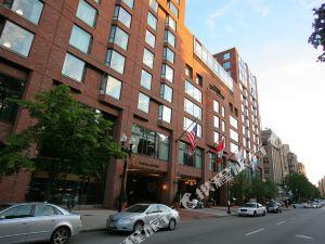 波士頓四季酒店(The Four Seasons Hotel Boston)