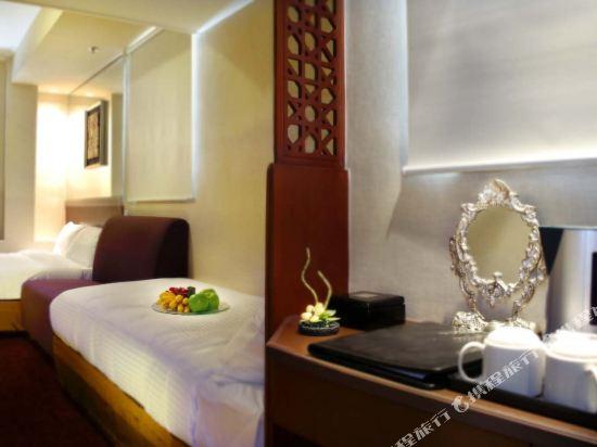 香港東方泛達酒店(Oriental Lander Hotel)高級三人房