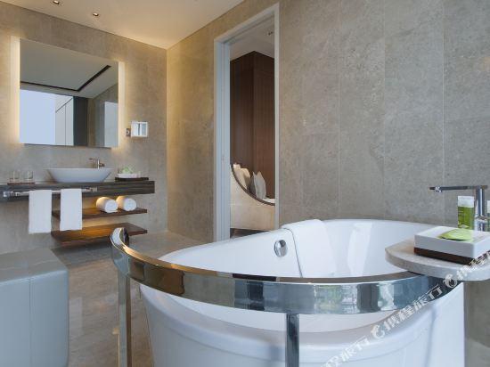 新加坡威斯汀酒店(The Westin Singapore)海景套房