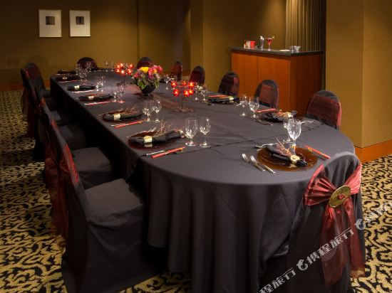 温哥華市中心萬豪德爾塔酒店(Delta Hotels by Marriott Vancouver Downtown Suites)會議室