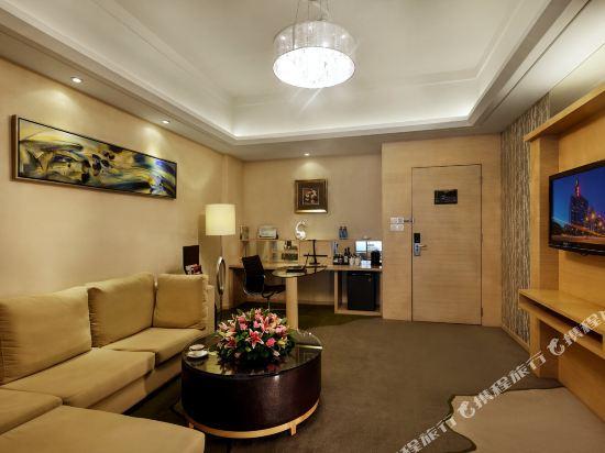 深圳中南海怡酒店豪華大床套房