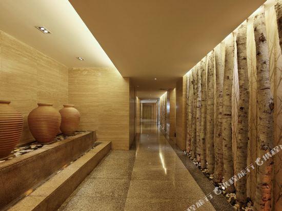 深圳中南海怡酒店走廊