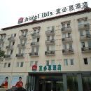上海金沙江路站宜必思酒店