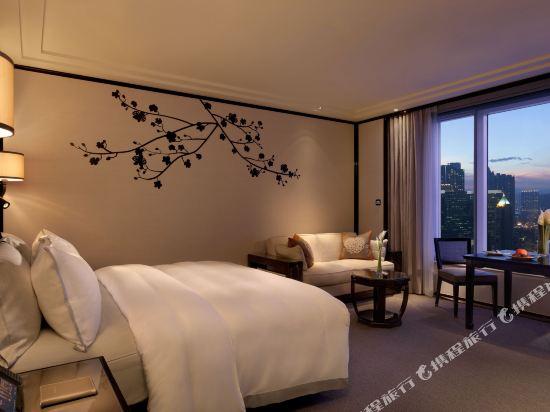 香港半島酒店(The Peninsula Hong Kong)特級豪華九龍景觀客房