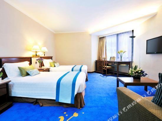 香港君怡酒店(The Kimberley Hotel)相連家庭房
