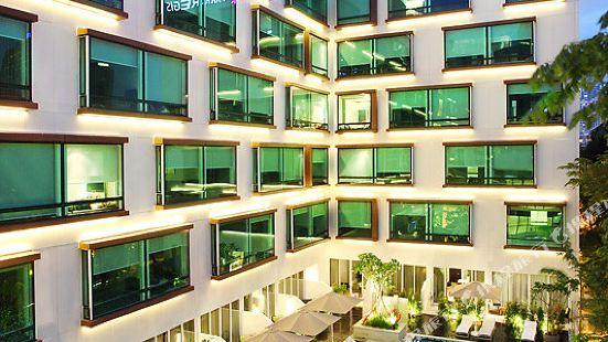 Park Regis Singapore