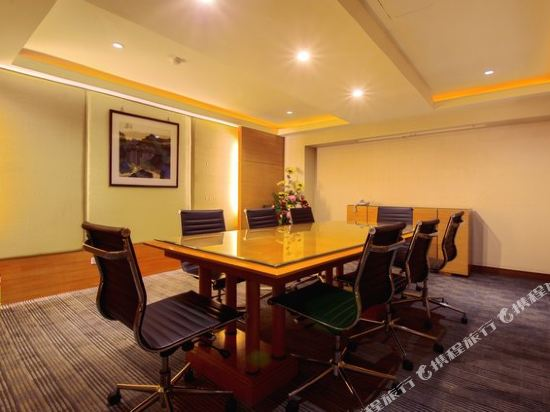 台北首都唯客樂飯店(CAPITAL  WAIKOLOA HOTEL)會議室