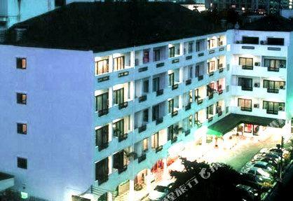 曼谷海軍上將套房酒店(Admiral Suites Bangkok)