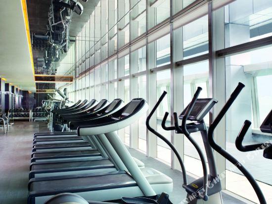 香港麗思卡爾頓酒店(The Ritz-Carlton Hong Kong)健身房