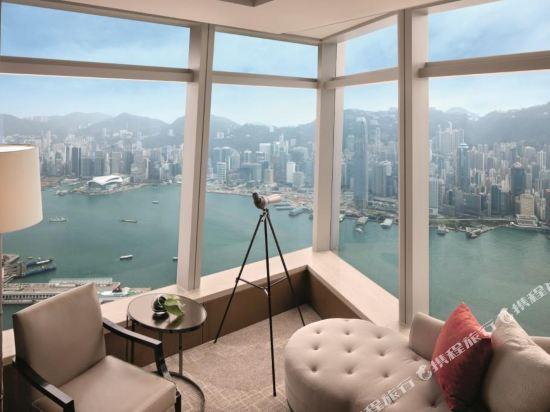 香港麗思卡爾頓酒店(The Ritz-Carlton Hong Kong)豪華維港海景套房