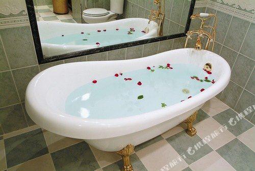 台北首都唯客樂飯店(CAPITAL  WAIKOLOA HOTEL)浴室