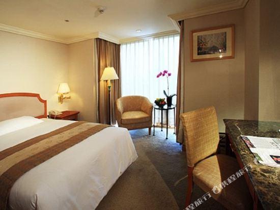 高雄寒軒國際大飯店(Han-Hsien Internation Hotel)經濟雙人房118