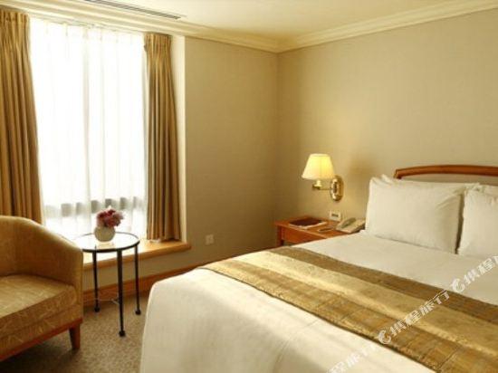 高雄寒軒國際大飯店(Han-Hsien Internation Hotel)商務客房雙人房111