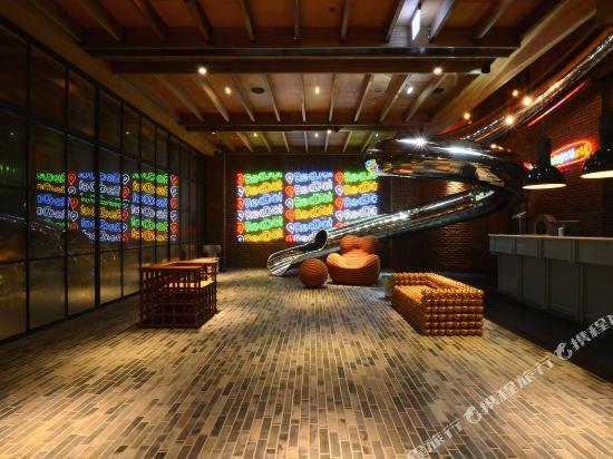 台中紅點文旅(RedDot Hotel)公共區域