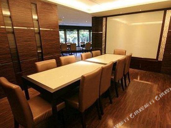 香城大飯店(台中店)(TAICHUNG CHARMING CITY HOTEL)餐飲/會議