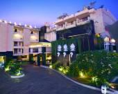 巴厘島阿斯頓庫塔酒店式公寓