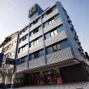 御宿商旅(高雄後驛館)(Royal Group Hotel Ho Yi Branch)