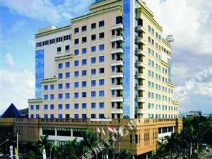 棉蘭安卡沙馬哈塞普塔美爵酒店(Grand Mercure Maha Cipta Medan Angkasa)