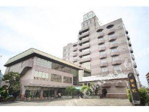 佐賀華翠苑酒店(Hotel Kasuien Saga)