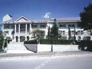 苗場斯普林斯酒店(Naeba Springs Hotel)