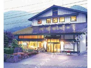 山水日式旅館(Ryokan Sansui)