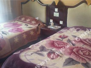 理塘白天鵝大酒店