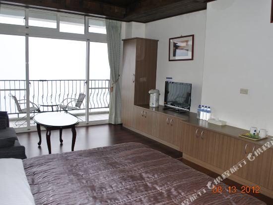 南投清境天星渡假山莊(Star Villa)高級陽台觀景四人房