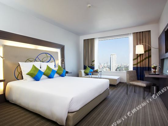 諾富特曼谷素坤逸酒店(Novotel Bangkok Ploenchit Sukhumvit)高級房