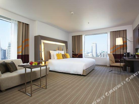 諾富特曼谷素坤逸酒店(Novotel Bangkok Ploenchit Sukhumvit)精緻套房