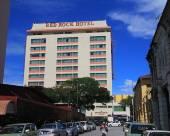 檳城赤石大酒店