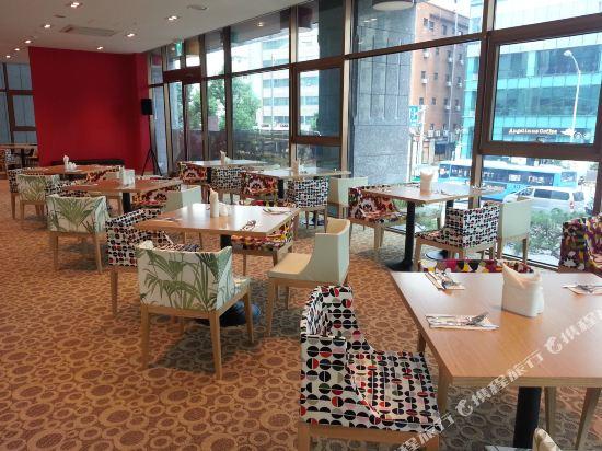 首爾東大門華美達安可酒店(Ramada Encore by Wyndham Seoul Dongdaemun)餐廳