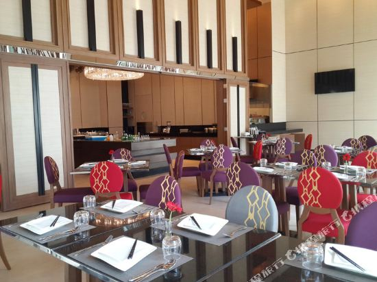 隆齊中間點大酒店(Grande Centre Point Hotel Ploenchit)會議室