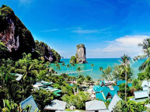 甲米盛泰瀾海灘別墅及度假村(Centara Grand Beach Resort & Villas Krabi)