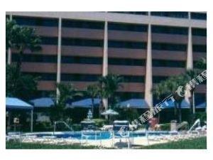 坦帕灣希爾頓逸林套房酒店(DoubleTree Suites by Hilton Tampa Bay)