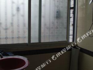 鳳岡浩然商務公寓