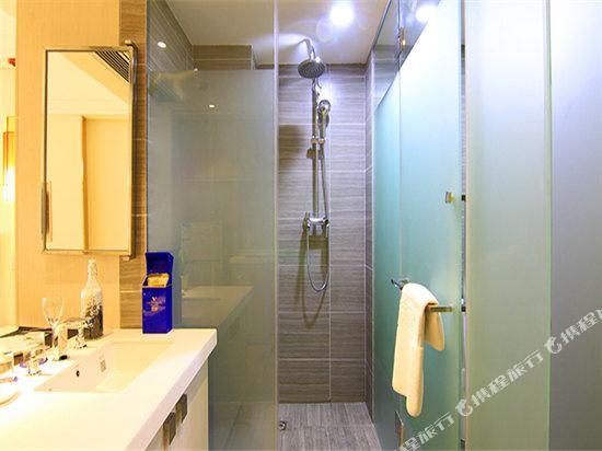 深圳途家斯維登度假公寓(東部華庭大梅沙)豪華雙人房