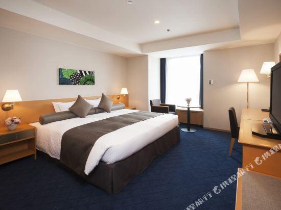 札幌格蘭大酒店(Sapporo Grand Hotel)轉角雙人房(東樓)