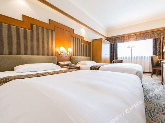 澳門新麗華酒店(Sintra Hotel)標準房(雙床)