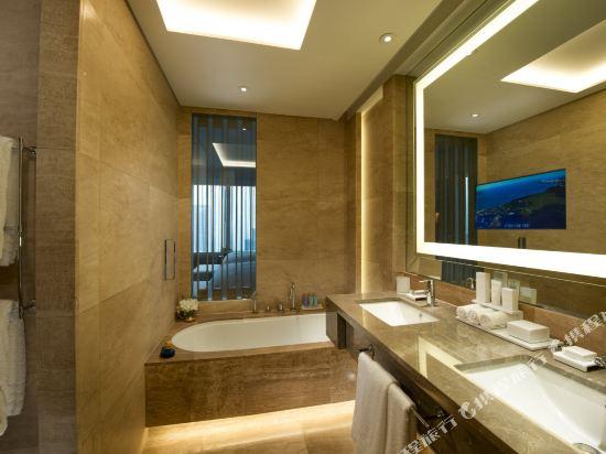 韓國首爾國際金融中心康萊德酒店(Conrad Seoul IFC Korea)城景行政特大床房