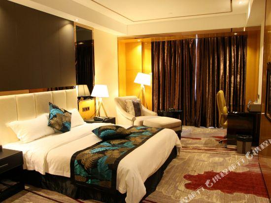 佛山甜果世界酒店(Sweet World Hotel)豪華大床房